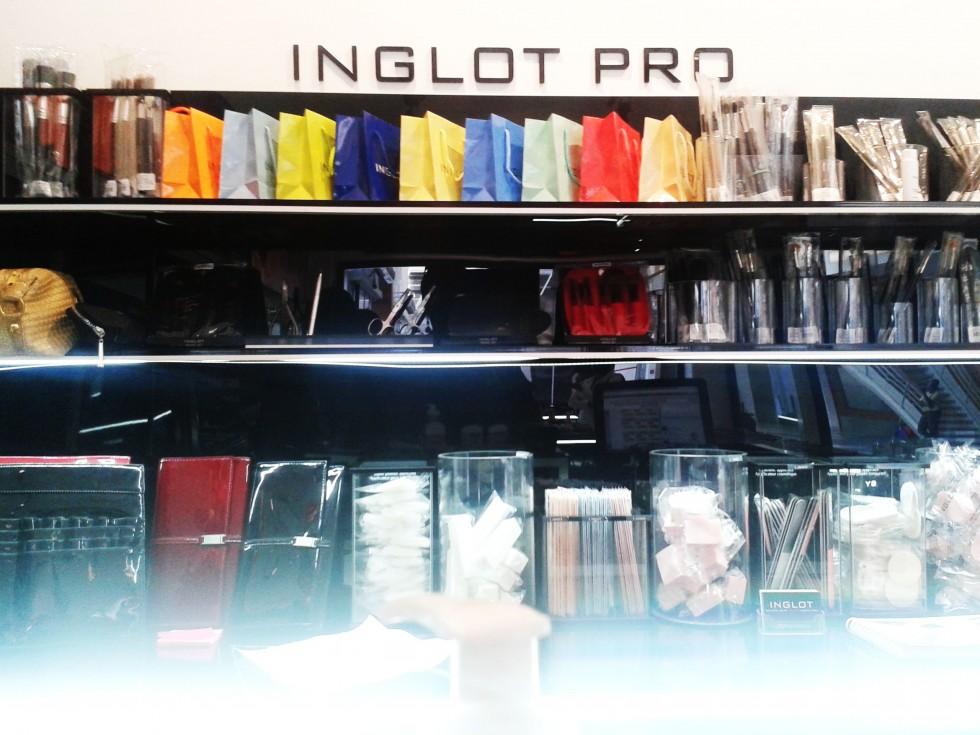 inglot8