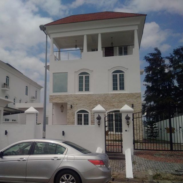 Linda-Ikeji-Mansion-in-Banana-Island